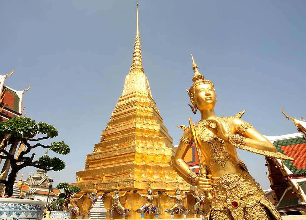 THƠ HUỲNH KIM NHÂN - Page 3 Wat-phra-kaew